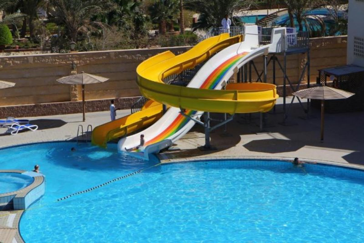 HOTEL PALM BEACH 4* - (24.4. in termini v maju)!
