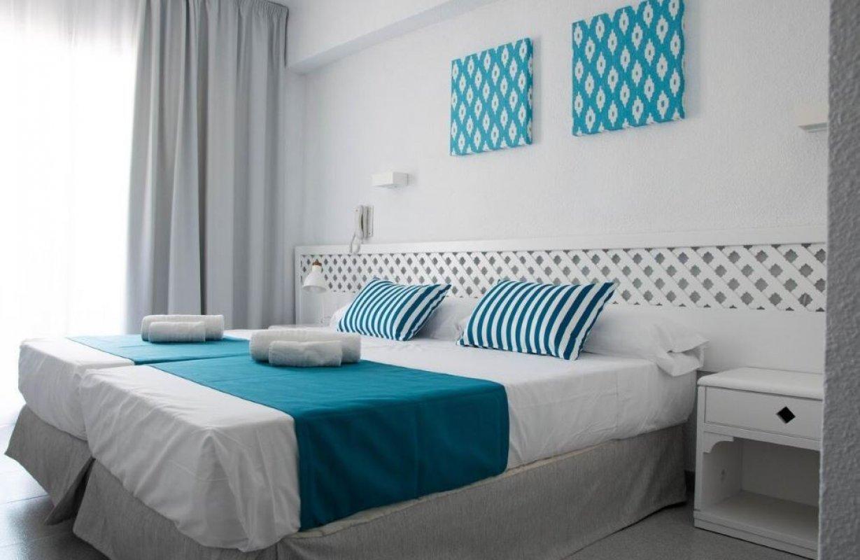 HOTEL BLUE SEA MEDIODIA 3* - posebno letalo iz Ljubljane!