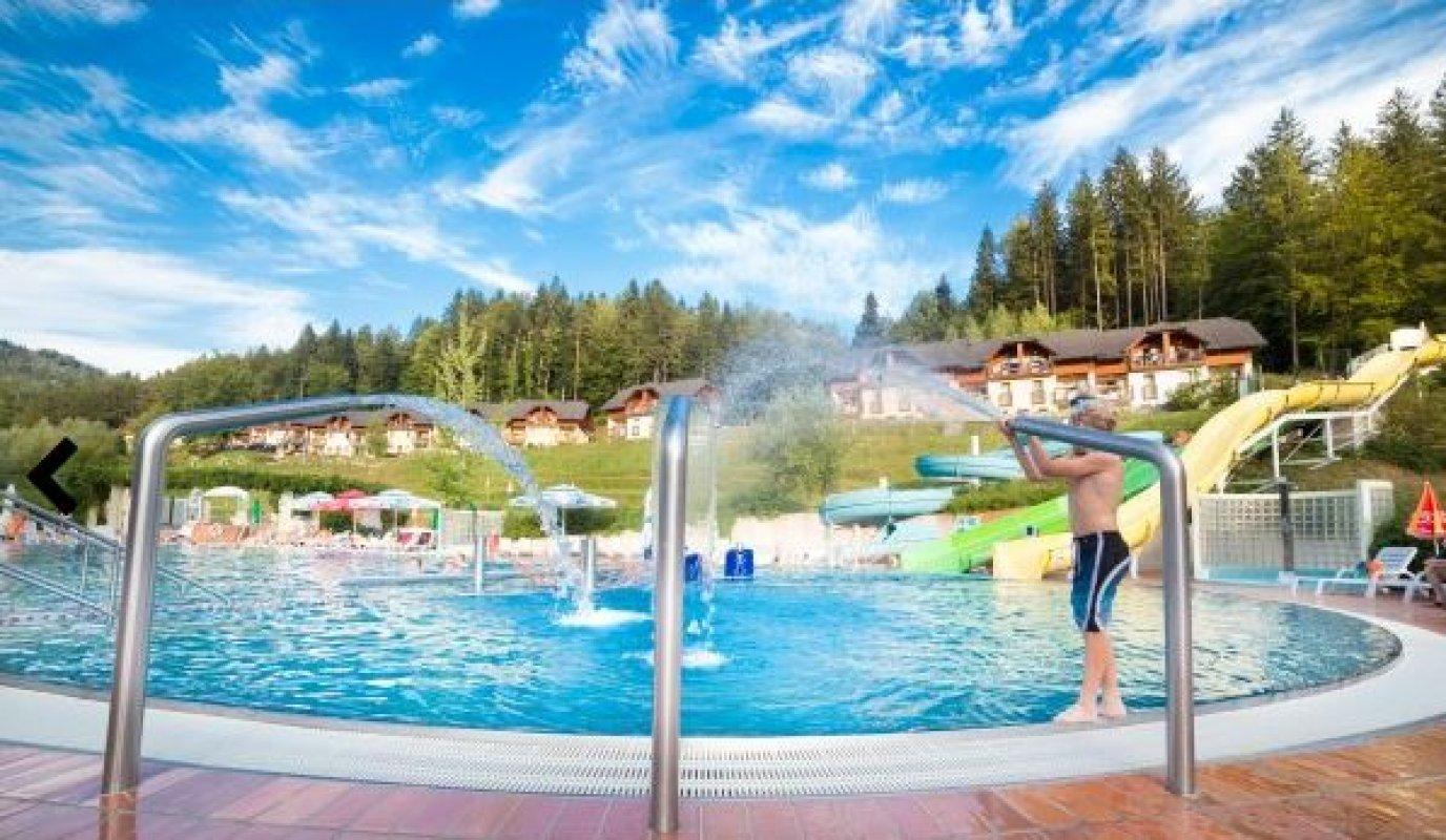 LAZE V TUHINJU (KAMNIK) - Slovenija